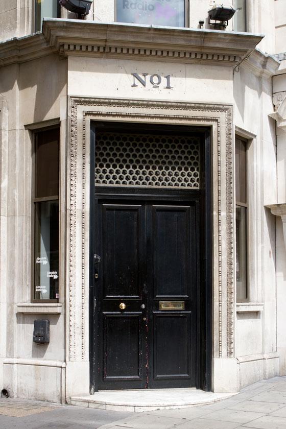 Absolute front door-embed