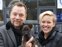 Rufus Hound with puppy from Battersea Dogs and Cats Home