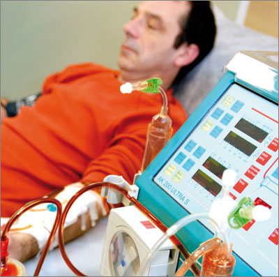 If a patient with CKD is likely to need dialysis, a psychoeducational programme should be offered (SPL)