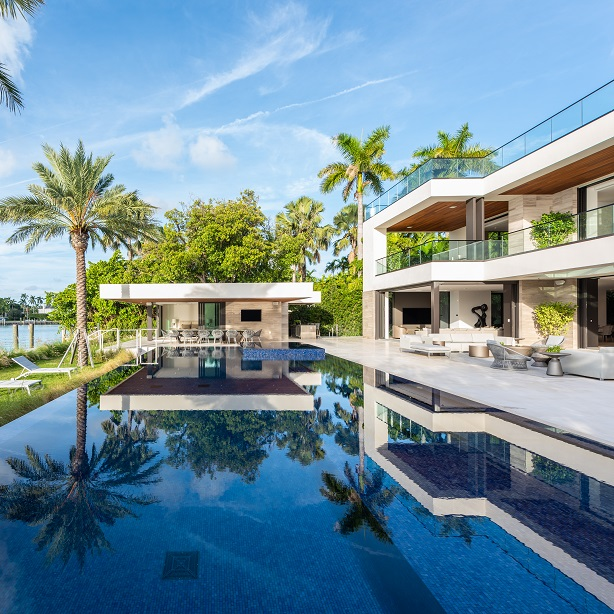 Waterfront vistas for Miami Beach residence