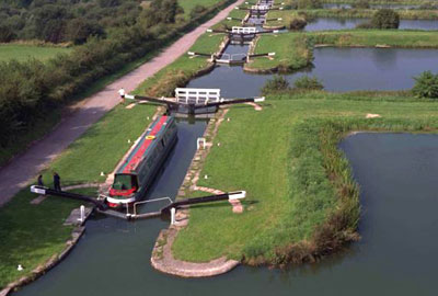 Caen Hill flight of locks, Kennet and Avon Canal