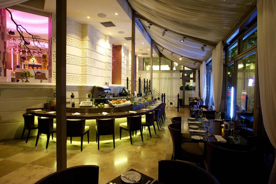 Evoluzione restaurant, Hotel Xenia, London