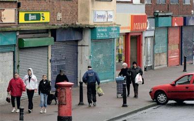 Closed-down shops. Credit: Jeff Morgan 04/ Alamy