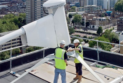 Building a wind turbine. Credit: Construction photography/ Alamy