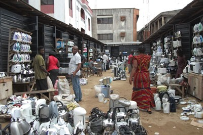 Nigerian market vendors have been trained in what they can legally accept from Europe. Credit: Professor Margaret Bates