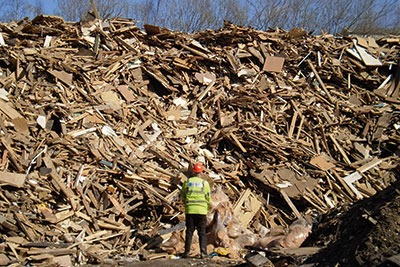 The regulator previously warned councils that it would have to reduce its waste crime work (photograph: Environment Agency)