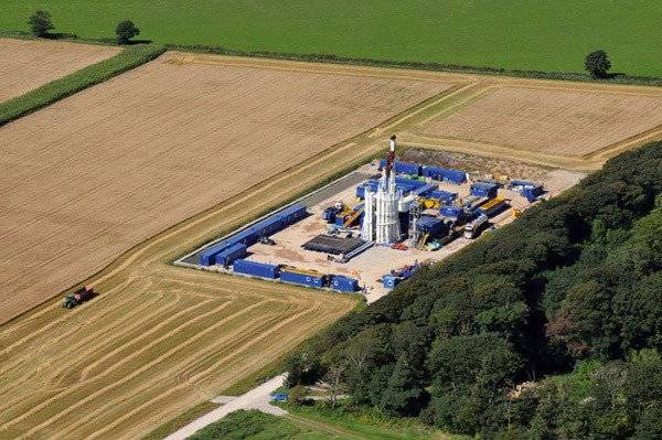 More sites are gaining permission for shale gas drilling despite the holding back of key CCC advice on climate impacts. Photograph: Cuadrilla Resources