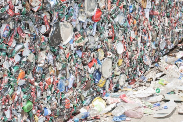 Aluminium cans ready for recycling