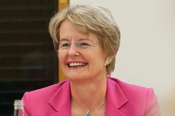 Dr Anne-Marie Warris