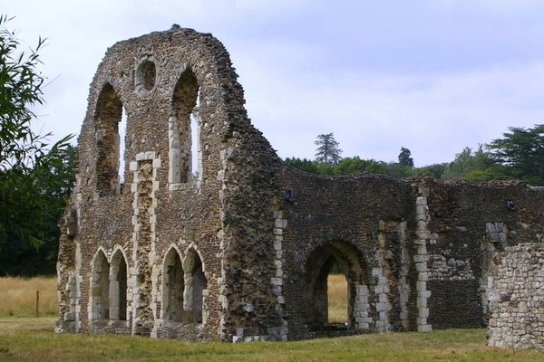 The borough is named for the scenic ruins of Waverley Abbey. Photograph: Marc Percy CC BY-SA 3.0