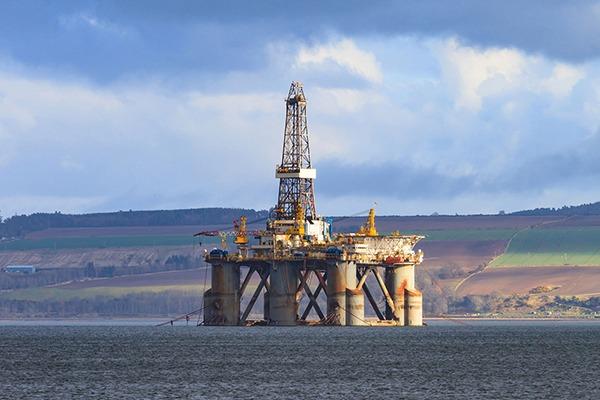 Semi Submersible Oil Rig at Cromarty Firth in Invergordon, Scotland. Photograph: Suwatpo/123RF