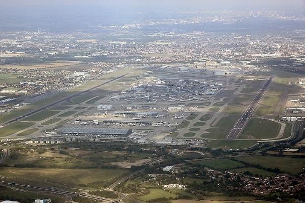 An aerial view of Heathrow's too runways.