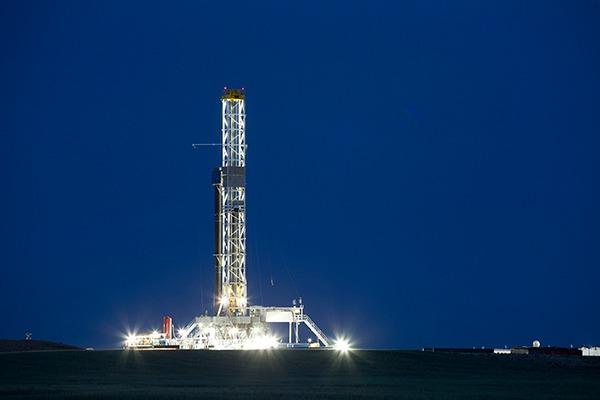 Fracking rig at night