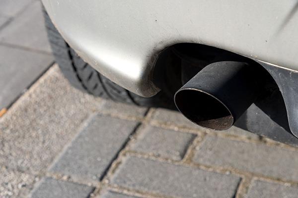 Car exhaust pipe. Photograph: Bartolomiej Pietrzyk/123RF