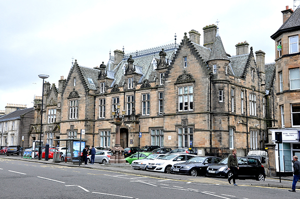 Stirling sheriff court