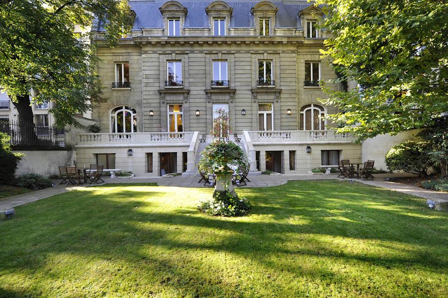 Maison de la Recherche, Paris
